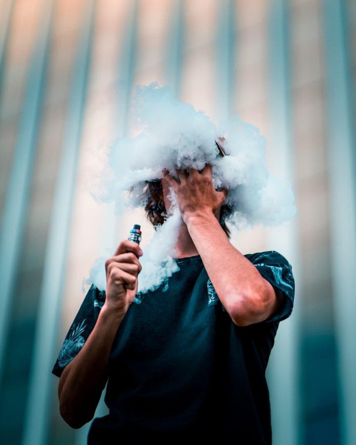 Cigarette-électronique-chez-l-adolescent